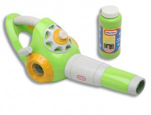 © Leaf & Lawn Bubble Blower by Little Tikes